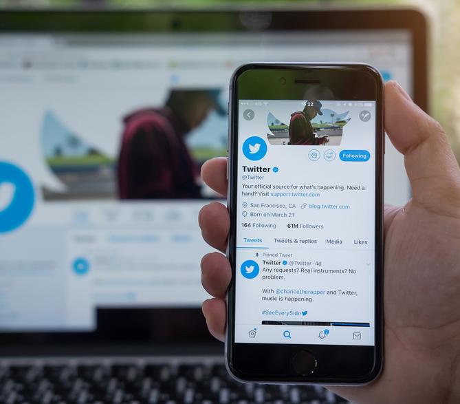 Handy mit Twitter