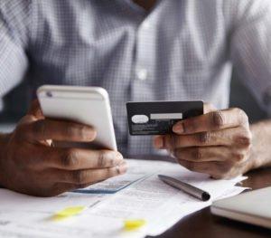 Online Shopping mit Kreditkarte