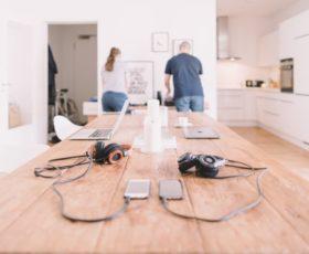 Digitaler als ihr Ruf: Die Babyboomer im technologischen Wandel